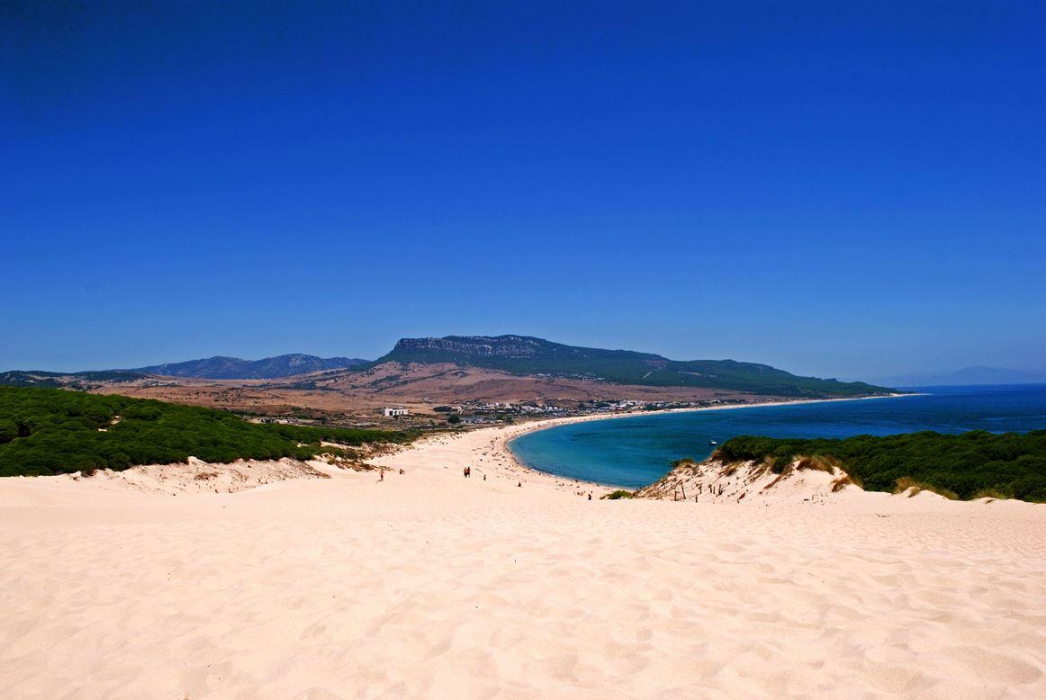 Tarifa, Playa de Bolonia, Španělsko  Krásné pláže