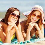 Vše, co byste měli vědět o zdravém opalování (nejen u moře)